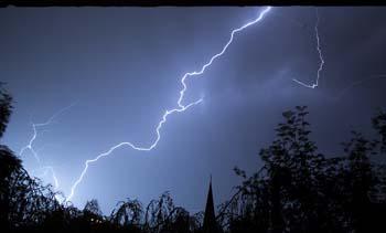 lightning-storm2